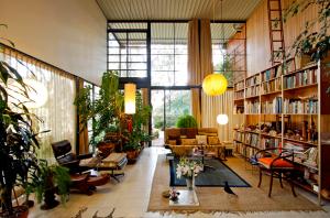 Ricardo DeAratanha Los Angeles Times Eames House