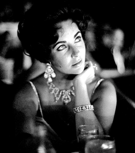 Elizabeth Taylor necklace earrings bracelet